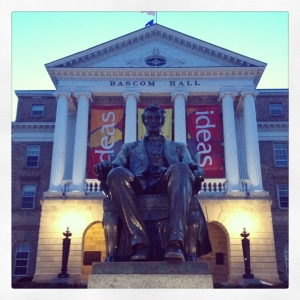 Bascom_Hall_at_dusk